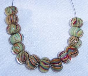 Green/red/caramel glass bead set